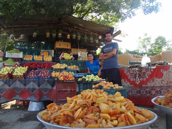 Les fruits en Iran, décidément un délice qu'on laisse avec regrets derrière nous.